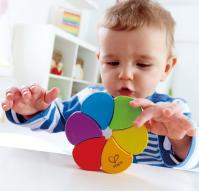Учимся различать цвета и формы