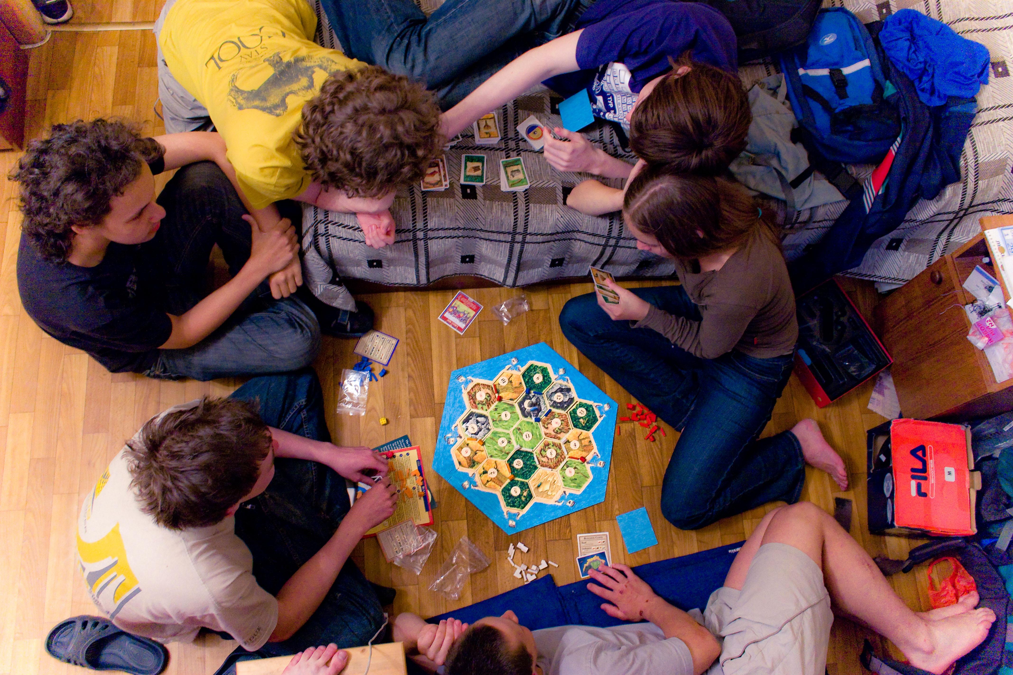 польза настольных игр своими руками