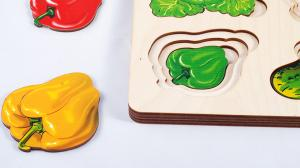 Больше-меньше Овощи рамка-вкладыш доска Сегена