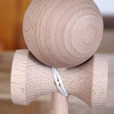 Кендама деревянная